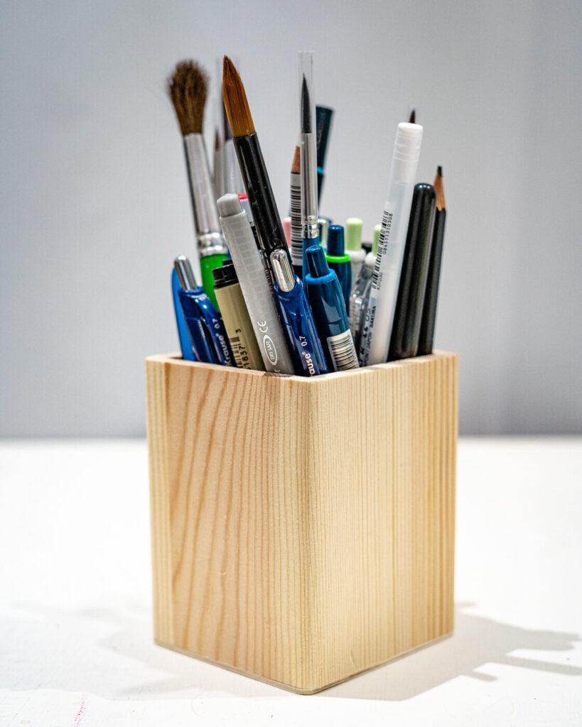 дървен моливник слънчоглед